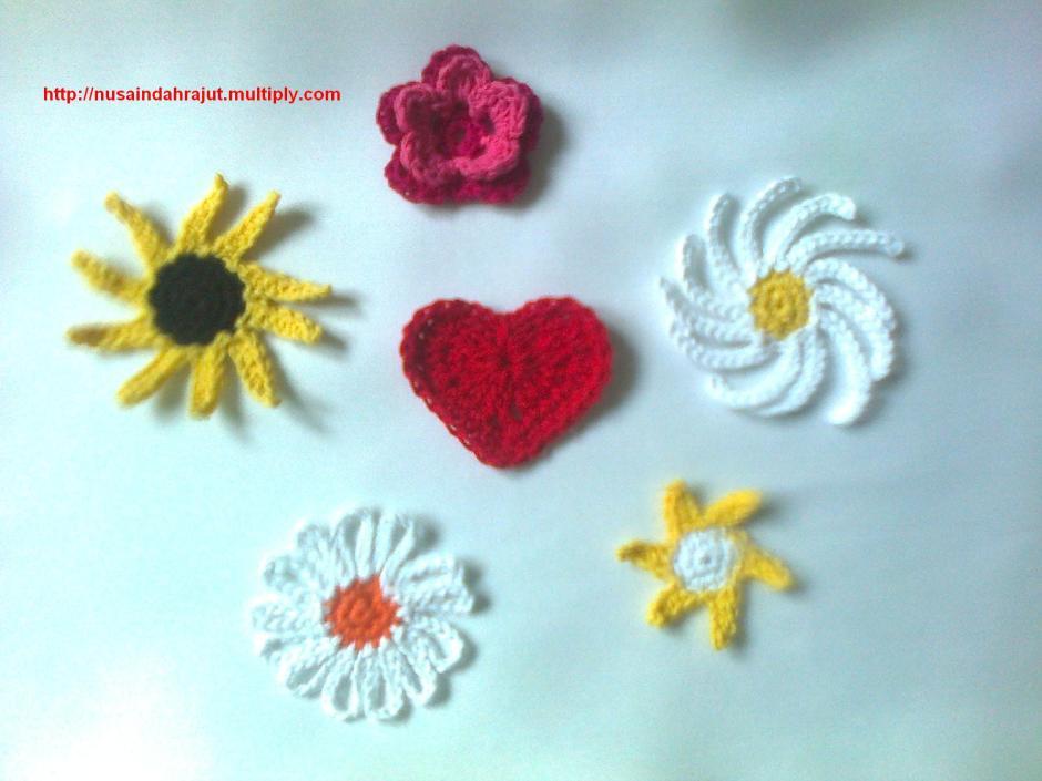 Bunga Ukuran Sedang